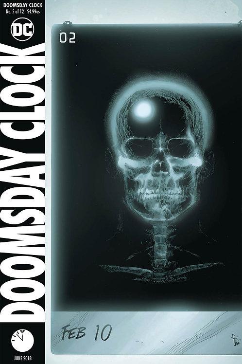 Doomsday Clock 05 - Cover A