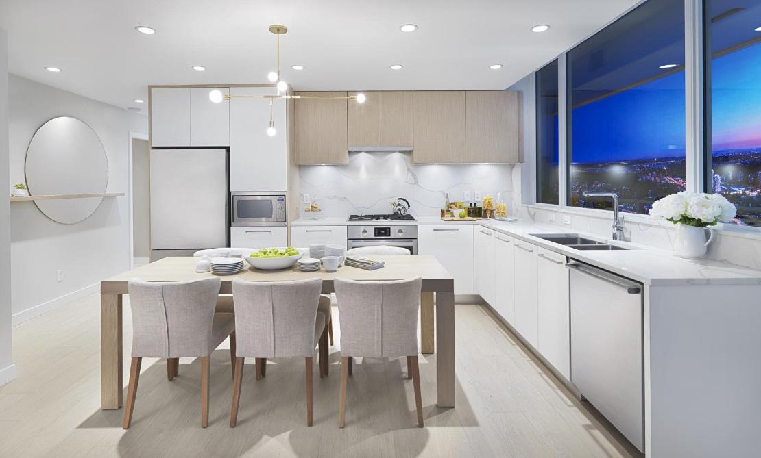 567 CC kitchen.jpg
