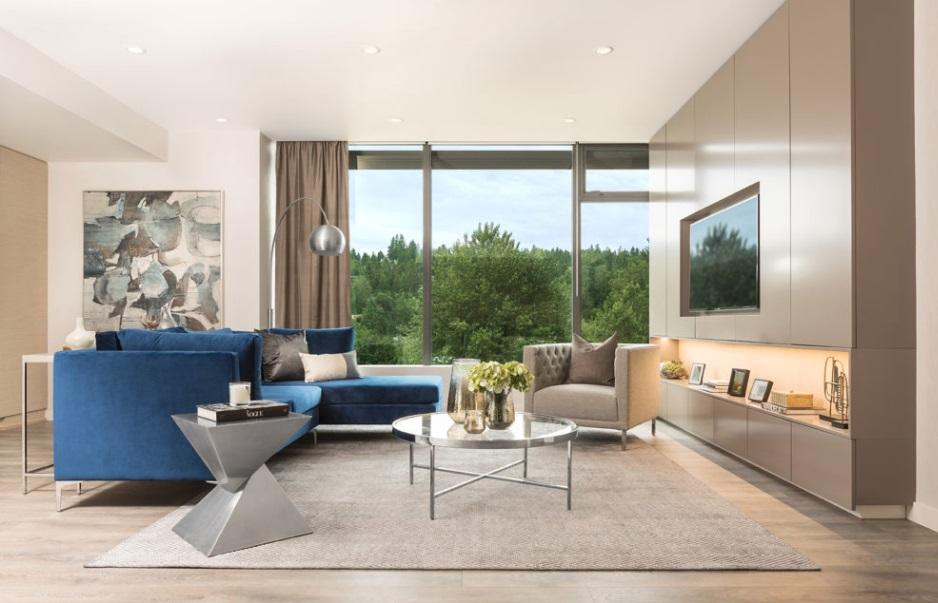 Grande livingroom.jpg
