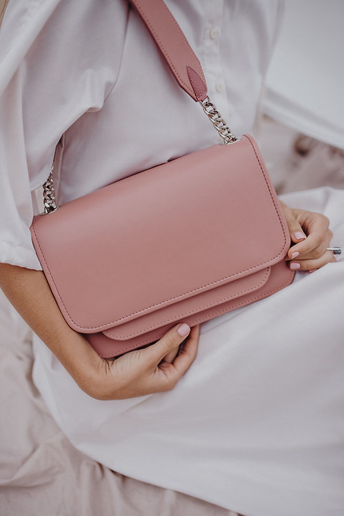 Vaskala Classic Light Pink with smooth texture leather