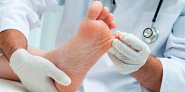 micoses de pele unhas pés mãos onicomicose tinea frieira pé de atleta friera