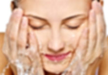 cuidados gerais com a pele: higienização da pele; limpeza de pele