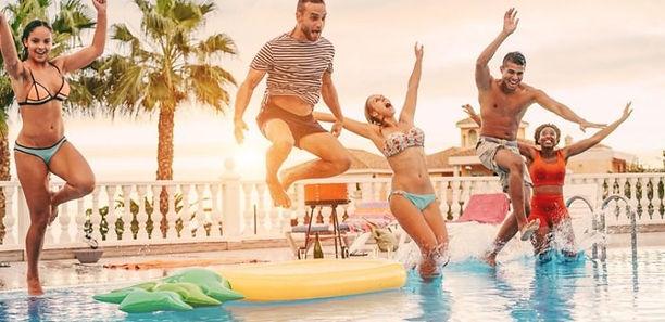 x-ideias-de-brincadeiras-na-piscina-que-