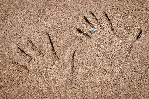 Wedding rings beach detail