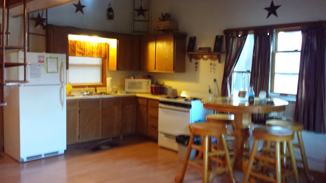Large Deluxe Kitchen