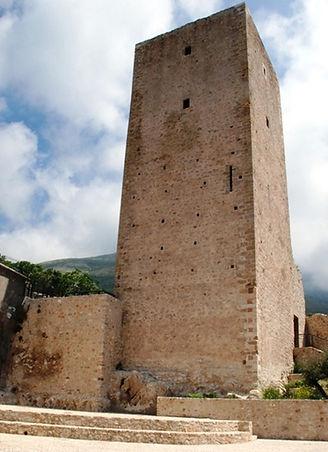 1832805_la_torre_caetani_a_maranola.jpg