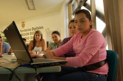 Alfabetización digital con los funcionarios de la asamblea departamental..JPG