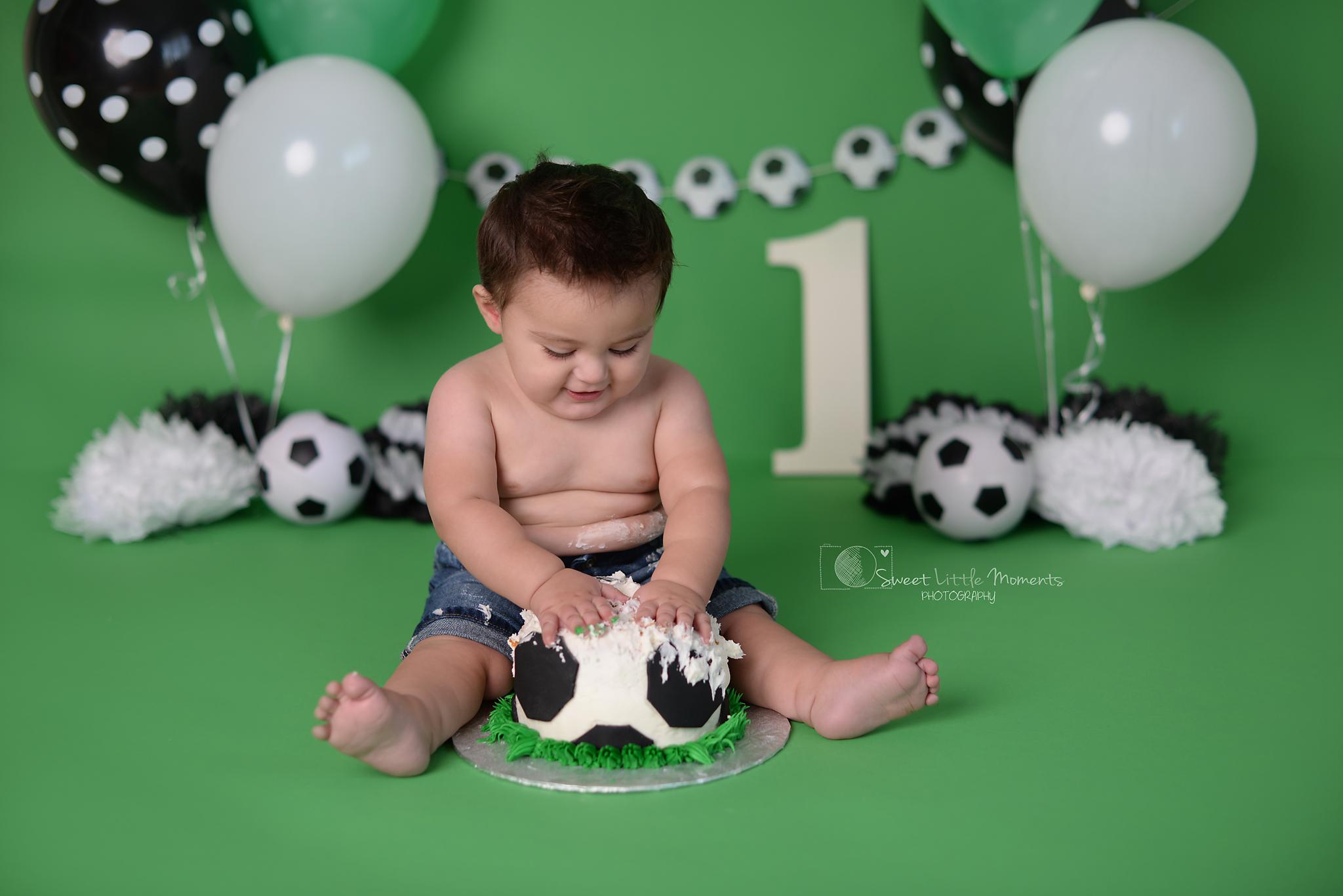 soccer cake smash