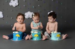 group cake smash