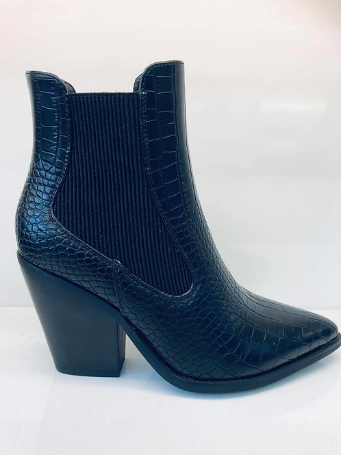 Croc Point Boot