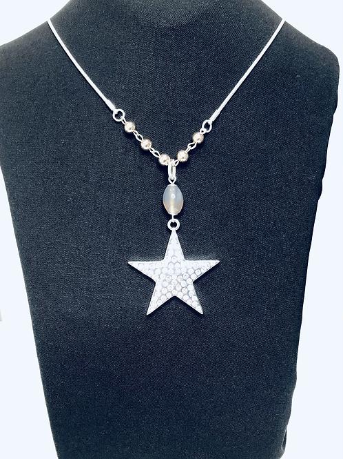 Diamanté Star Necklace