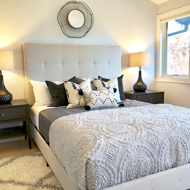 snohomish staged for sale Neutral bedroom