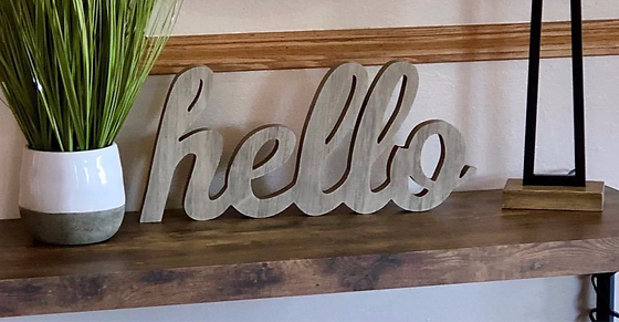 snohomish, wa home stager hello sign front entryway table
