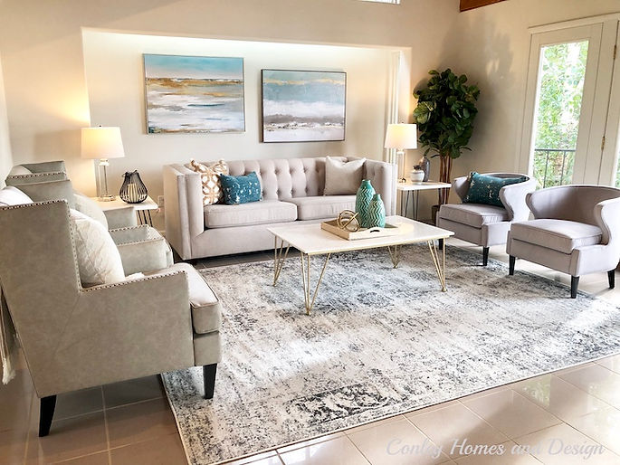 stagers in seattle Neutral living room furniture