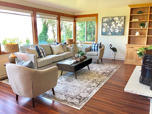 seattle vacant home stager waterfront view show buyers contemporary furniture