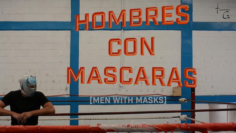 Hombres con Mascaras
