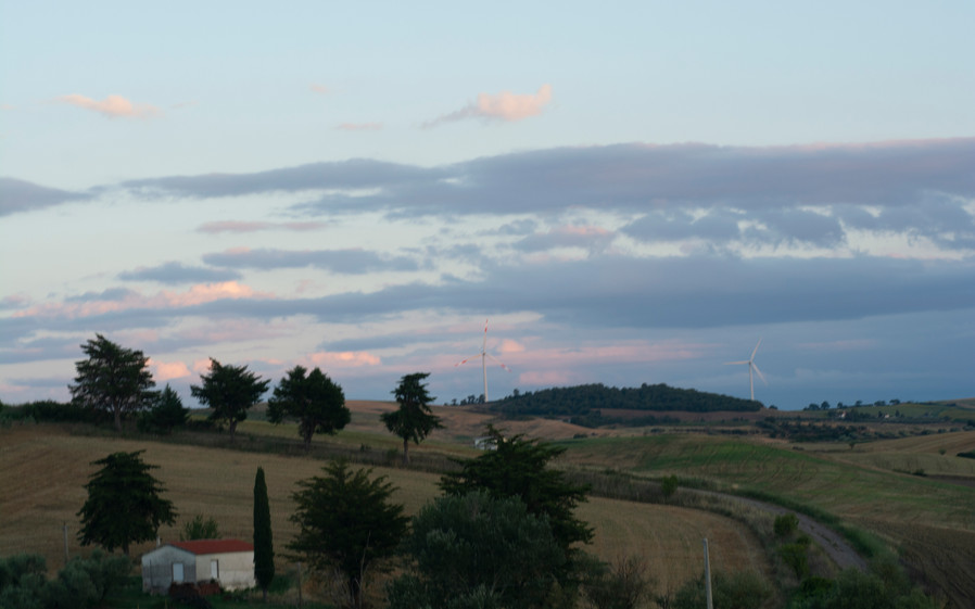 Landscape from moving car, Molise (IT) | Italy, July 2020.