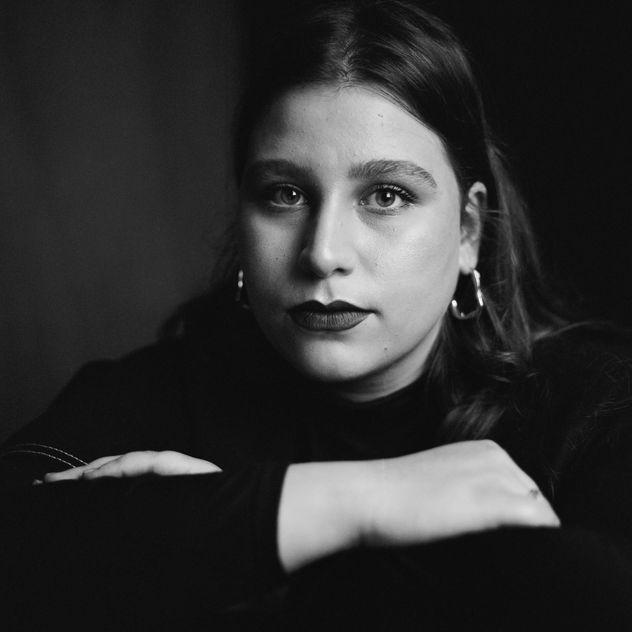 Maria Elisa M.