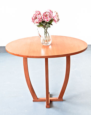 table_console_round_IMG_7427.jpg
