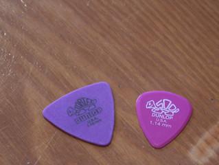 スタジオで 楽器小物買えます