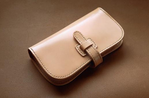 本革サドルレザーの谷型長財布