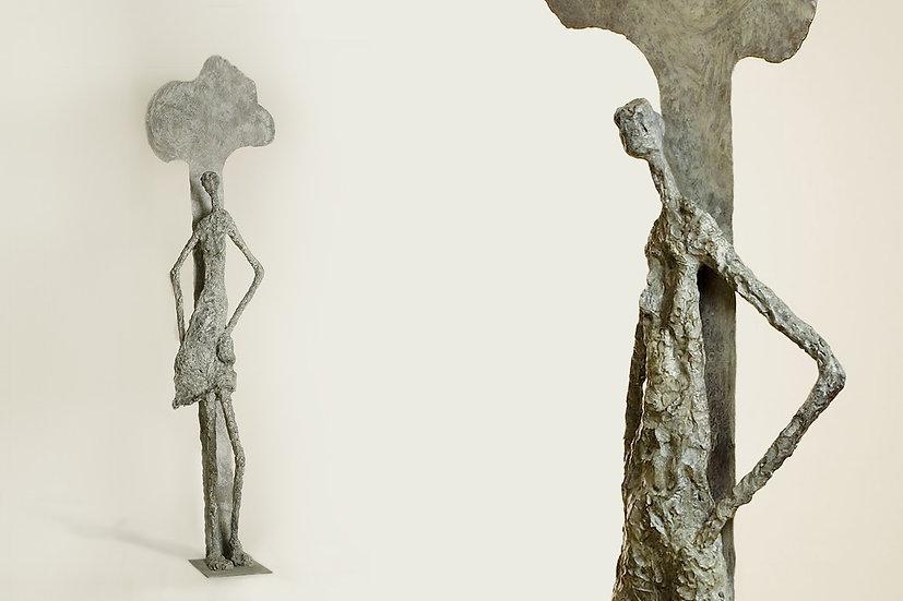 נערה ועץ, 2007 (s041)