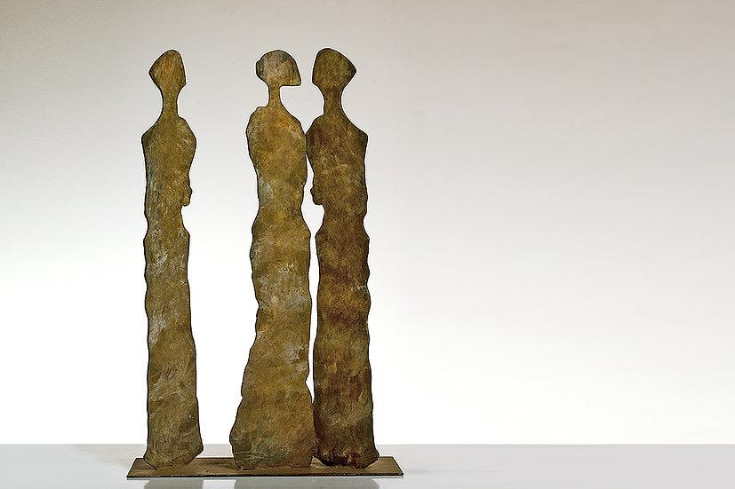 שלוש צלליות (43) 2007