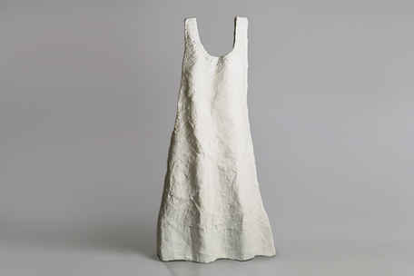 [s011]  שמלה לבנה