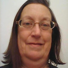 JoAnn Kapsimalis headshot.jpg