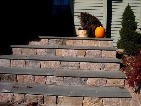 STONE WALLS & STAIRSSTONE WALLS & STAIRS