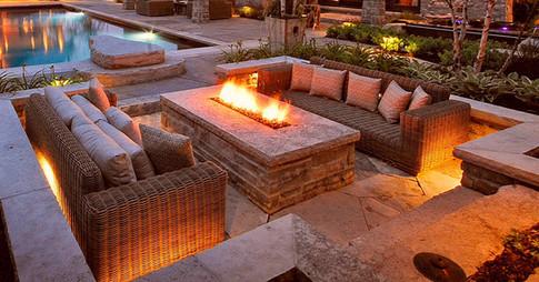 Firepits & FireplacesFirepits & Fireplaces