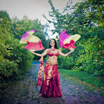 Восточный танец живота с крыльями Челябинск