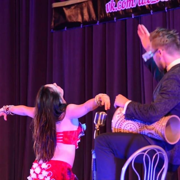 Выступление танец под живой барабан Челябинск