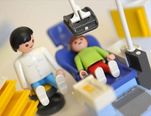 Dentist_figures.jpg