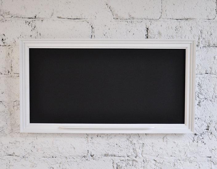 Tablica kredowa w ramie obrazowej