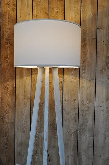 Lampa podłogowa na trójnogu