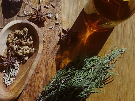 """""""Tout savoir"""" sur les huiles végétales, comment les nommer, les reconnaître et les choisir..."""