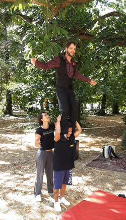 Winner Team - Cabaret Cirque Ovale - Sainte-Geneviève-des-bois -
