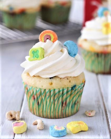 Cupcakes aux céréales Lucky Charms