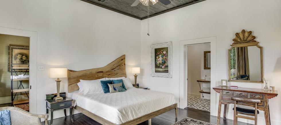 Ella Norah Room