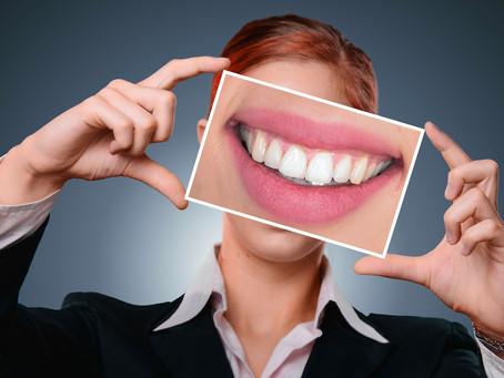 Curare un dente o mettere un impianto?