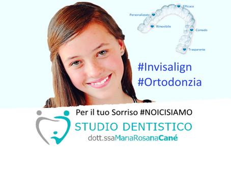 Raddrizzare i denti senza un apparecchio visibile? Vuoi sorridere serenamente durante la terapia?