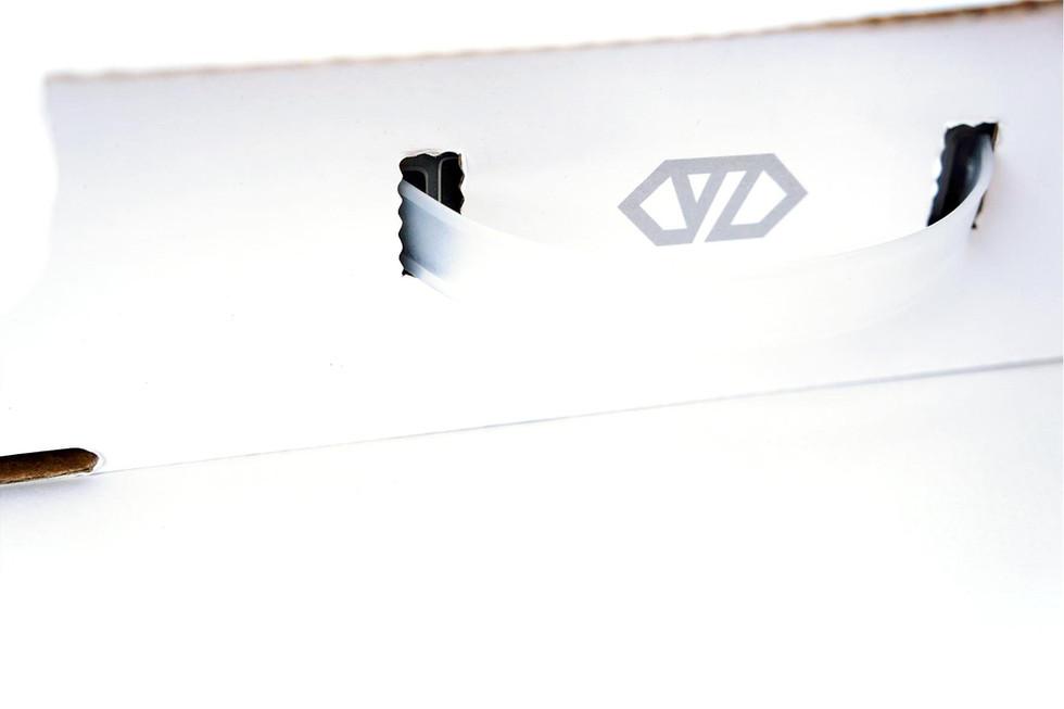 Vizer : Branding / Identity design / Graphic design / Packaging design