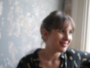 Johanna Valeur, declutter, organiser, home stager, space redesigner. I have years of experience in the creative industry and interior design. I can help you get organised, transform your life and improve your wellbeing. Clutter creates anxiety, I will help you reduce your stress and enjoy your home