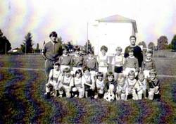 1977(1)