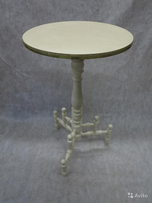 Старинный антикварный столик Геридон