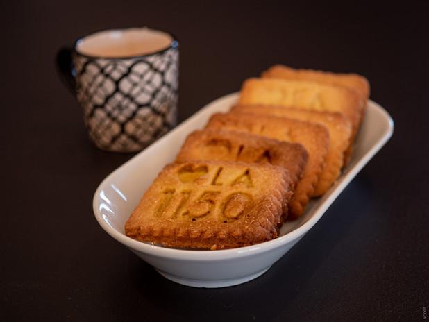 LA1150 Welcome Biscuits.jpg