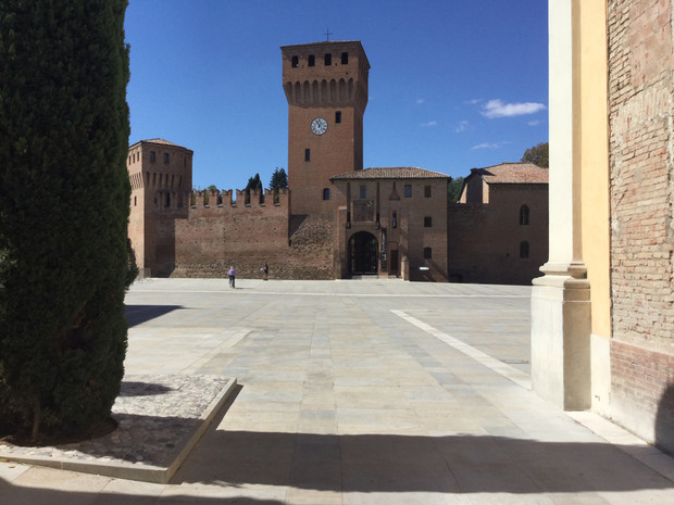 Piazza Repubblica in Formigine - works now complete!