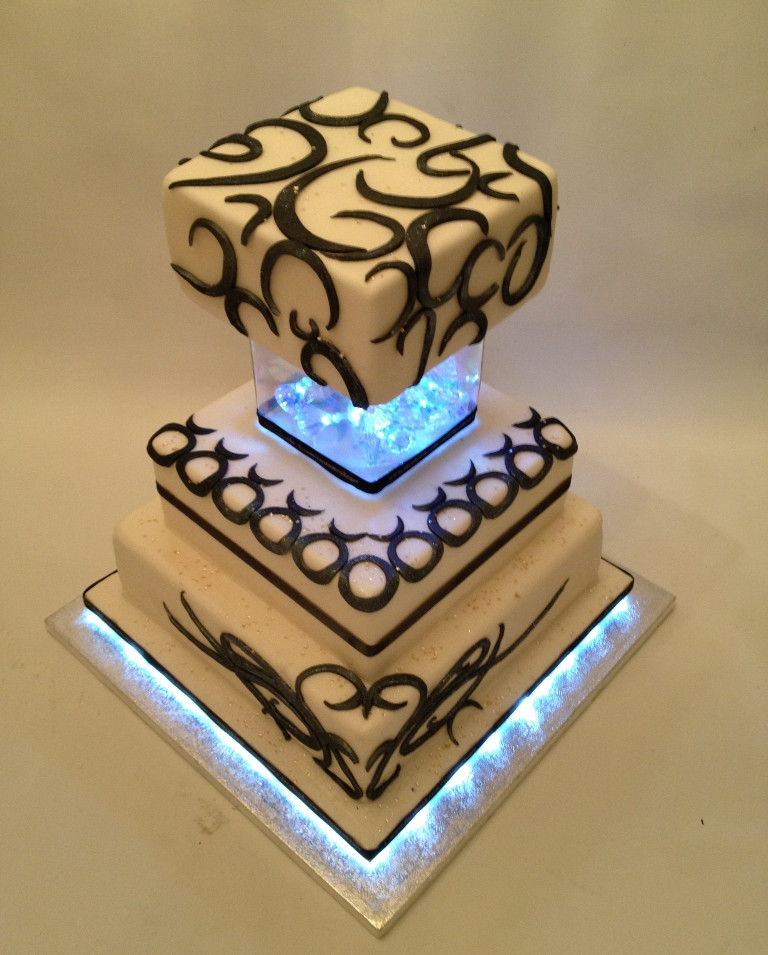 Star sign wedding cake