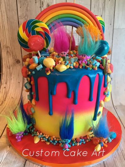 Trolls birthday drip cake
